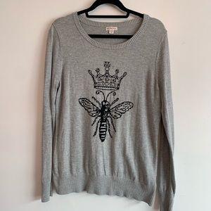 ⭐️3/$25⭐️ Merona Queen Bee Pullover Sweater